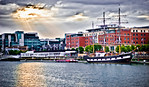 2011-06-15_Dublin_River_Liffey_Emigration_Ship-5876